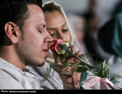 بهمناسبت سالروز ازدواج حضرت علی(ع) و حضرت فاطمه زهرا (س)، جشن عقد ۵۰۰ زوج جوان شامگاه شنبه ...